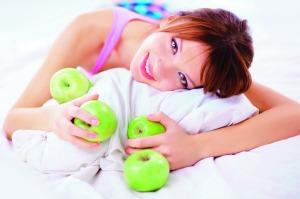 528423-img-zdravi-zena-dieta-hubnuti-zelenina-ovoce